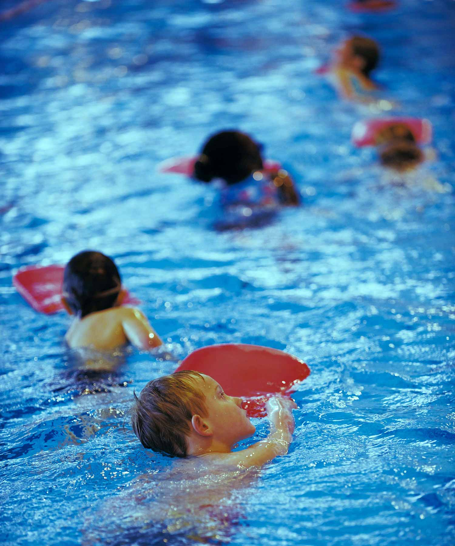 a6380eb4f38 Zwemles in Ede bij ZwemZeker, goed en leuk leren zwemmen in korte ...